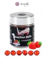 6 Brazillian balls - fraise - La chaleur du corps transforme la brazilian ball en liquide glissant au parfum fraise, votre imagination s'en trouve exacerbée.