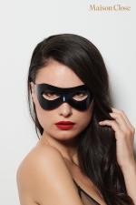 Masque l'inconnu - Maison Close - Magnifique loup rigide noir glossy avec logo maison Close  sur un côté pour vous afficher tout en restant anonyme.