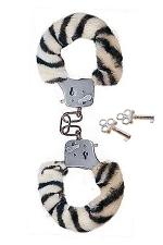Menottes Fourrure Submissive Zebra - Vous êtes du genre Fetish-cosy ? Alors, adoptez les menottes fourrure Zèbre !